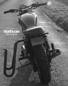 "Northcore #Triumph #Bonneville ""Beach Bonny"" with ""Lowrider"" #surfboard rack www.northcore-global.com"
