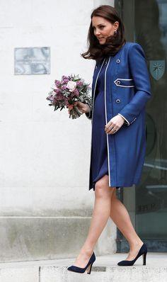 10a9aaf5939d Kate Middleton ha fatto visita al St Thomas  Hospital per il lancio della  campagna Nursing