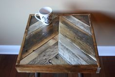 Rustic Pallet End Table - Chevron Design (zig Zag, Herringbone)