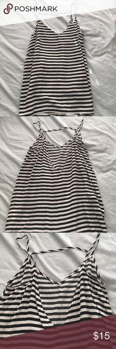 Old navy open back tank top Old navy black and white striped tank top with a slightly open back. Old Navy Tops Tank Tops