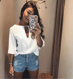 Moda praia 2019 short ideas for 2019 Girl Fashion, Fashion Looks, Fashion Outfits, Womens Fashion, Look Con Short, Cool Outfits, Casual Outfits, Vetement Fashion, Pinterest Fashion