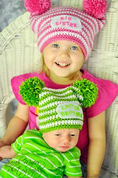 Big sister, little brother-or-sister hats    Would be so perfect for Jaunary.