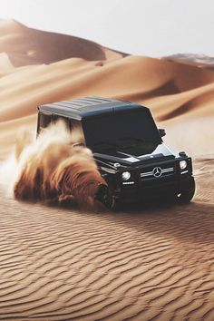 Mercedes Gelenderwagen GD in The dessert