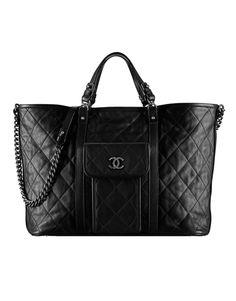 Large calfskin shopping bag - CHANEL - $5500