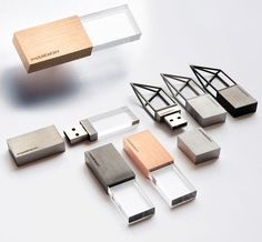 Empty Memory is a collection of USB drives designed by London-based Logical Art. The design comes with two versions: Structure and Transparent. They contain a physical emptiness within their enclosing to symbolize the memory that will fill the USB. Wireframe, Usb Drive, Usb Flash Drive, Charles Ray Eames, Design Industrial, Modern Industrial, Industrial Industry, Industrial Barbell, Usb Stick