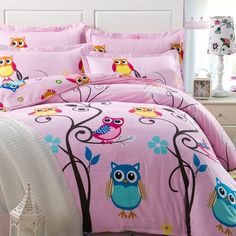 The colorful bedding sets for teenage girls features a simple look that goes great with all types of contemporary decor schemes. Update your bed in designer style with the colorful bedding sets for teenage girls. Owl Bedrooms, Girls Bedroom Sets, Girls Bedding Sets, Teen Girl Bedrooms, Kids Bedroom, Childrens Bedroom, Bedroom Ideas, Bedroom Wall, Bedroom Decor