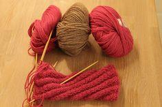 Ingridstua: Votter til fotballsupportere i familien Liverpool, Knitted Hats, Knitting Patterns, Crochet, Creative, Knit Patterns, Ganchillo, Knitting Stitch Patterns, Crocheting