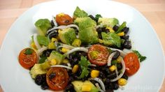 Ensalada de alubias negras, una ensalada dónde he utilizado una legumbre poco habitual, la verdad. Pero si no la encuentras puedes utilizar la alubia roja