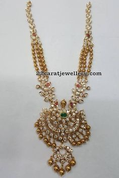 Gold Jewelry Design In India Gold Jewelry Simple, Gold Jewellery Design, Temple Jewellery, Handmade Jewellery, Jewelry Model, Schmuck Design, Indian Jewelry, Wedding Jewelry, Wedding Necklaces