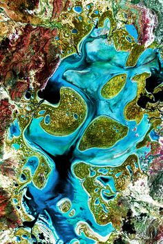 satellite image of a Russian swamp Patterns In Nature, Textures Patterns, Map Quilt, Aerial Images, Earth From Space, Birds Eye View, Aerial Photography, Aerial View, Amazing Nature