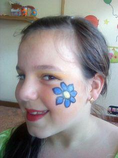 Dia da Criança - Pinturas Faciais - atl_soalhaes Simple Face Paint Designs, Face Painting Designs, Body Painting, Fall Fest, Small Faces, Painting For Kids, Creative Crafts, Face Art, Rose
