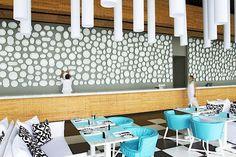 Point Yamu by COMO is a luxury design hotel on the East Coast of Phuket, Thailand. Point Yamu by COMO hotel offers stylish rooms & villas + a COMO Shambhala spa. Ace Hotel, Phuket Hotels, Hotels And Resorts, Bertoia, Paola Navone, Bar Design Awards, Restaurant Interior Design, Design Hotel, Hospitality Design