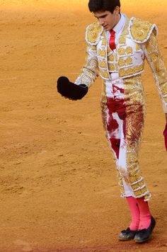 Gored matador sevilla red