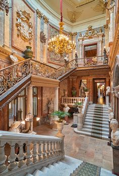 Grand Portal And Escalera De Honor Mansion Interior, Patio Interior, Luxury Homes Interior, Amazing Architecture, Interior Architecture, Glam House, Neoclassical Architecture, Luxury Homes Dream Houses, European Home Decor