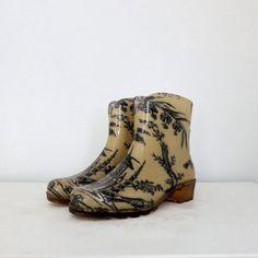"""d8ac22bf1ef3f0 beatpie  """" Vintage Rain Boots!!! """" Schöne Hintern"""