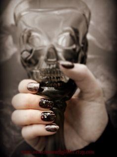 Corvid. Gothic Fake Nails Nail Art Goth by Nevertoomuchglitter, $9.50