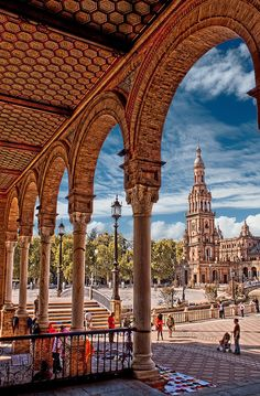 La Plaza de Espana in Sevilla, Spain was built in Places Around The World, Oh The Places You'll Go, Travel Around The World, Places To Travel, Places To Visit, Around The Worlds, Madrid, Bósnia E Herzegovina, Spain And Portugal