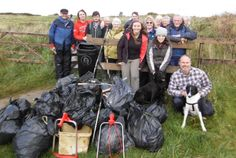 Volunteers bash the trash on local beaches http://www.cumbriacrack.com/wp-content/uploads/2017/10/Mawbray-1.jpg Since August a group called Fix the Firth has been clearing rubbish from the Solway Coast – and you can help. So far they've had two-hour beach cleans    http://www.cumbriacrack.com/2017/10/29/volunteers-bash-trash-local-beaches/
