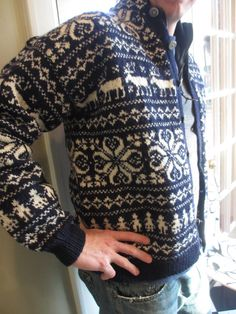 Vintage Husfliden Wool Cardigan Size Ski by MemphisNanney, pattern inspiration Ski Sweater, Wool Cardigan, Easy Knitting Patterns, Knitting Designs, Norwegian Knitting, Knit Art, Fair Isle Knitting, Vintage Knitting, Bunt