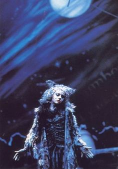 Elaine Paige as Grizabella under the Jellicle Moon..she was amazing!!!!