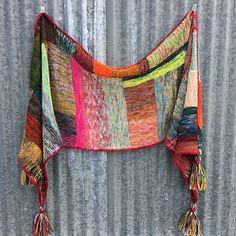 Scarfy Thing by Beata Jezek ~ FREE pattern