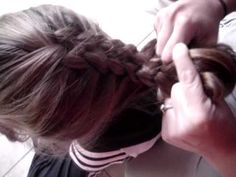 Five strand hair braiding tutorial.