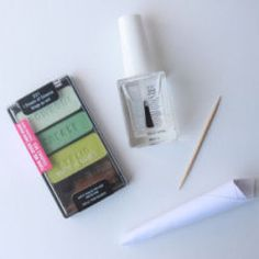 Make Your Own Nail Polish in any Color