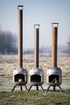 Gasfles kachel - Terraskacheltje | De grootste keus in houtkachels Gas Log Burner, Gas Bottle Wood Burner, Bioethanol Fireplace, Diy Fireplace, Fireplaces, Metal Fire Pit, Diy Fire Pit, Rocket Stove Design, Outside Fire Pits