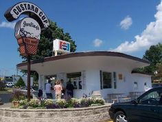 Custard Cup in Danville, ILLOVED TO GO HERE...BEST LEMON CUSTARD EVER...DS