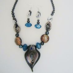 'STUNNING Lampwork Glass Pendant Necklace & Earring Set' is going up for auction at  2pm Sun, Jan 5 with a starting bid of $3.