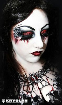 The Kryolan Halloween Makeup Workshop, for the Ghoulish to the Gorgeous - will be attending this. Gothic Makeup, Fantasy Makeup, Gothic Beauty, Dark Beauty, Natural Beauty, Kryolan Makeup, Eye Makeup, Makeup Kit, Steampunk