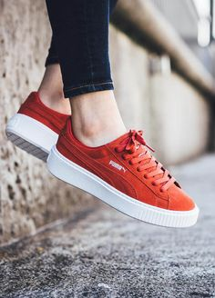 """Instantly become 1.5"""" taller with Puma Suede Platform 5eeee5e99706b"""