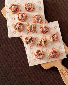 Rohlíkové minipizzy se sýrem