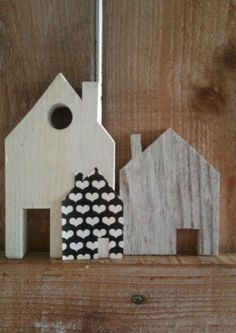 Kleine houten huisjes van Binnen.