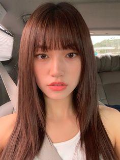 위키미키 on in 2020 Kpop Girl Groups, Korean Girl Groups, Kpop Girls, Kim Doyeon, Ulzzang Korean Girl, Mixed Girls, Hair Inspo, Girl Crushes, Asian Beauty