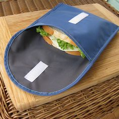 Acme Bags - reuseit reuseit Reusable Sandwich Bag, Made in the USA Reusable Sandwich & Snack B from Reuseit on Catalog Spree, my personal digital mall. Sewing Hacks, Sewing Crafts, Sewing Projects, Sac Lunch, Packing Lunch, Reusable Sandwich Bags, Learn To Sew, How To Make, Snack Bags