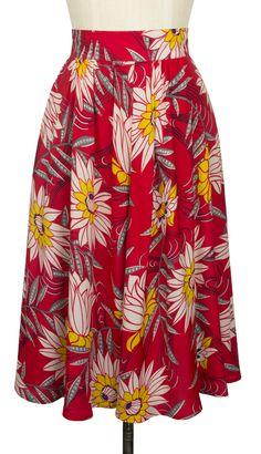 Trashy Diva 4 XS Red Waterlilies Skirt Lotus Tropical Tiki Retro A-Line Clothing And Textile, Antique Clothing, Size Clothing, Skirts For Sale, A Line Skirts, Vintage Beauty, Vintage Fashion, Vintage Inspiriert, Trashy Diva