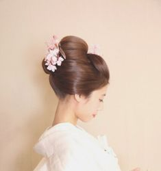 Traditional Outfits, Wedding Hairstyles, Japanese Hairstyles, Kimono, Japanese Style, Bridal, Hair Styles, Asia, Beauty