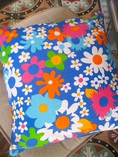 1970s flower fabric cushion cover
