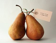 traditional 4th year anniversary gift: a perfect pair | via fashionable fruit ~ Cityhaüs Design