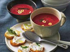 Süppchen von Lea Linster: kalte Tomatensuppe, Blumenkohlsuppe und Kartoffelsuppe