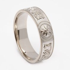 Gents Warrior Shield White Gold (C-3290) - Celtic Warrior Collection