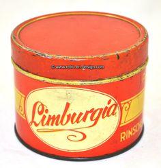 """Vintage tin Limburgia Prima Rinsche appelstroop Vintage tin """"Prima Rinsche appelstroop"""" by Limburgia. On the tin the arms of Limburg. Red and vanillia colored. Height: 8,5 cm. Diameter: 11 cm. http://www.retro-en-design.co.uk/a-45960150/tins/vintage-tin-limburgia-prima-rinsche-appelstroop/"""