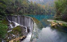 Chorwacja, Park Narodowy Jeziora Plitwickie, las, skały, drzewa, tapety wodospad, obraz