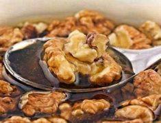 Чистят сосуды и оживляют мозг: почему стоит чаще кушать грецкие орехи