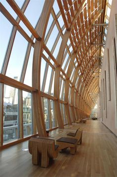 Art Gallery of Ontario (AGO) by Gehry Partners LLP (Frank Owen Gehry) / Toronto, 2008