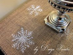 diy Design Fanatic: Super Easy DIY Christmas Stenciled Table Runner