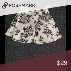 Black, Grey & White Floral Skater Skirt Forever 21 Never worn, tag still on... Forever 21 Skirts Circle & Skater