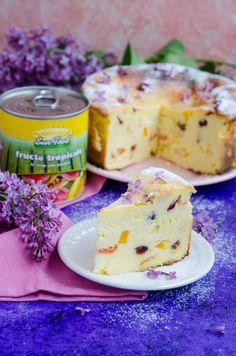 Pasca fara aluat - Din secretele bucătăriei chinezești Romanian Desserts, Romanian Food, Sweet Desserts, Easy Desserts, Easter Pie, Cake Recipes, Dessert Recipes, Low Carb Deserts, Sweet Tarts