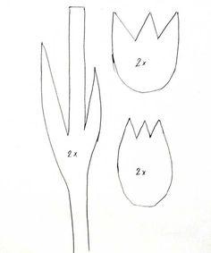 Step-by-Step Bastelanleitungen: Bastelvorlagen Ostern: 3D-Tulpen aus Tonpapier selber basteln -- Schritt 1